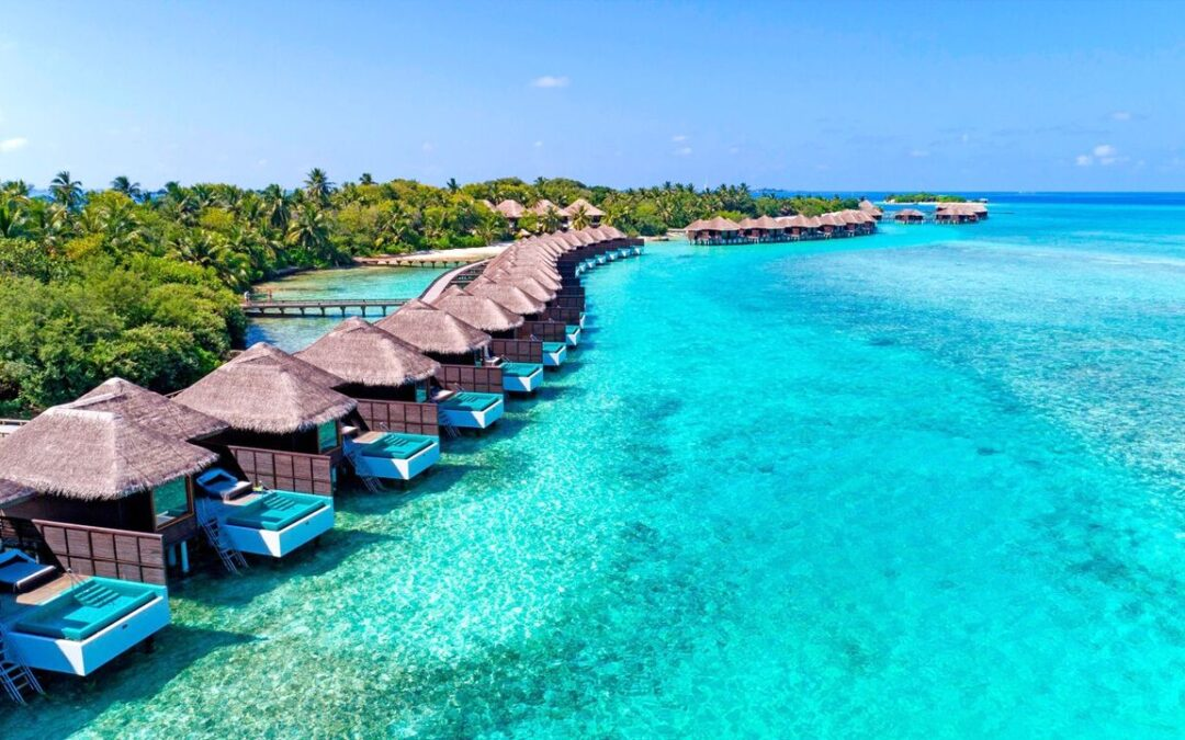 Fulfill your Daydream Fantasies in International Tour Packages of Maldives